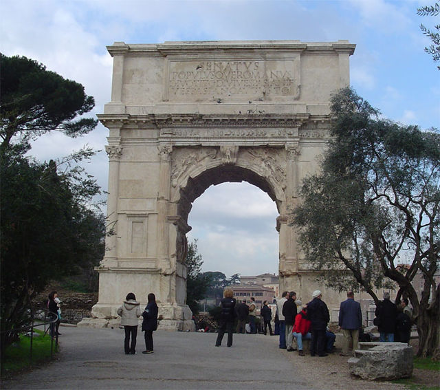 Western façade of the triumphal arch of Titus