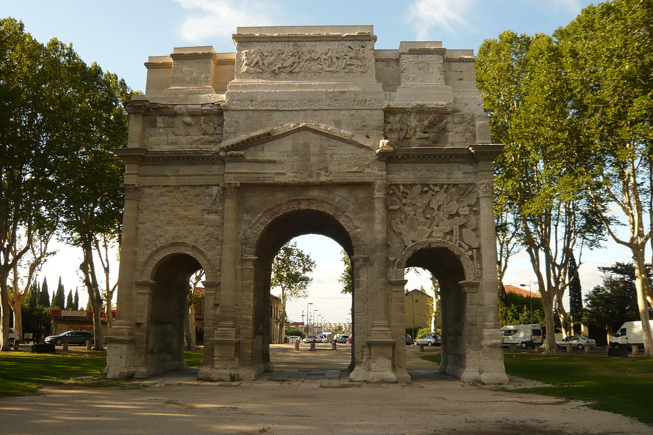 Triumphal Arch of Orange (2)