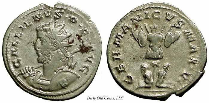 Antoninianus depicting the head of Gallienus and a trophy set between two captives (258-259 CE)