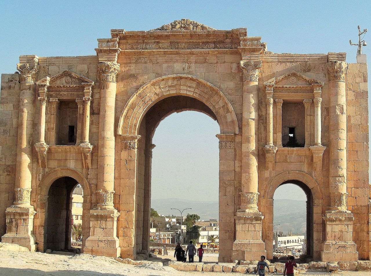 Arch of Hadrian - Jerash – General View